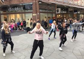 Dansshow på Kullagatan, lördag 10 oktober – Impulse Dansstudio